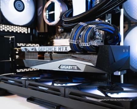 RYZEN 7 RTX 3080 PC + SAMSUNG G7